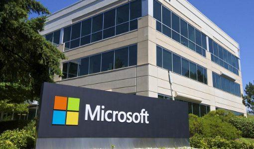 マイクロソフト、Surfaceに中国限定色「グレーピンク」投入