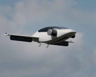 「空飛ぶ自動車」、2019年にも実現?世界大手各社が続々と飛行試験や量産体制へ