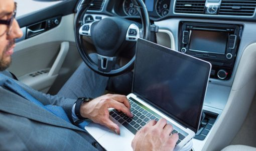 「人の意図を100%理解するAIが実現し、完全な自動運転時代が到来する」―バイドゥCEOロビン・リー氏