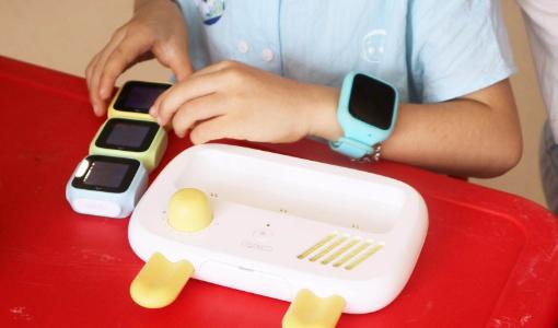 幼児教育ロボット開発の「梧童科技」:エンジェルラウンドで数千万円調達