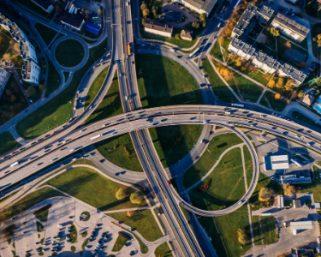 誤差5センチ以下、自動運転社会を支える高精度地図「DeepMap」とは