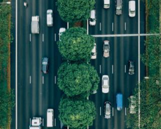 英EVタクシー「TX」モデルを配車サービスへ導入 吉利汽車がモビリティ―サービスを強化