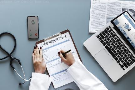 AIを活用した医療保険ソリューションの「知識視覚」:シリーズA+で約1億5000万円を調達