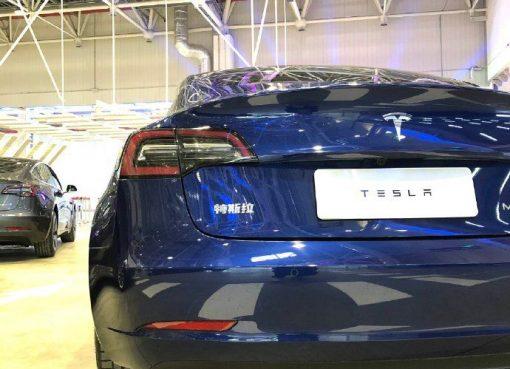 現地産テスラが納車開始、中国新エネルギー車市場に黒船来襲