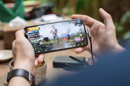 グーグルも出資のゲームライブ配信「触手」、テンセント系ゲームすべての配信権を獲得