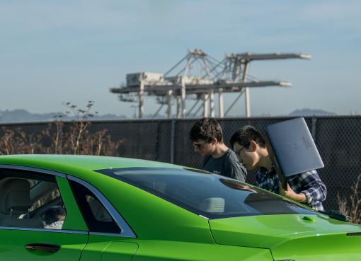 自動運転技術で最先端を走る「AutoX」、創業者「プロフェッサーX」が語るロボタクシーの実用化(二)