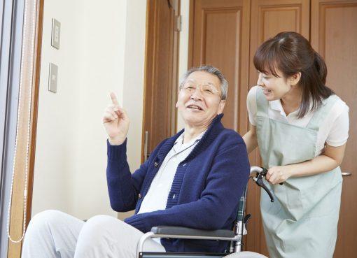 高齢者看護のデジタル化が進む中国 事業に政策的な追い風も