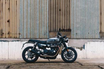 移動手段からレジャーアイテムへ ハーレーダビッドソン熱狂ファンが創業する輸入バイクECが急成長