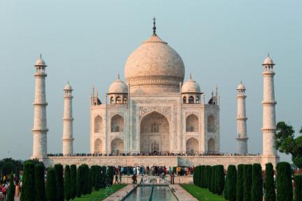 Google、インドで超低価格スマホをリリースし中国メーカーを迎撃