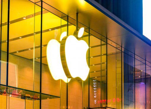 iPhone12発売延期のアップル、何でユーザーを引き留められるのか?