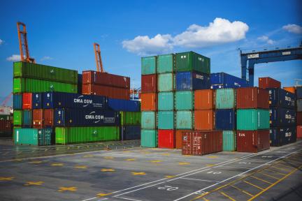 アリババ、イスラエルの海運会社「ZIM」と提携 海上輸送も強化