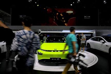 新興EV「小鵬(Xpeng)」の株価急上昇、自動運転技術に期待
