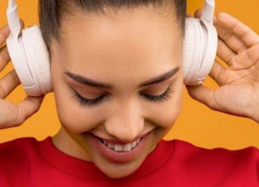 テンセント・ミュージック、音声コンテンツプラットフォーム「懶人聴書」を買収し完全子会社化