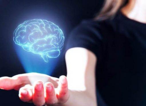 中国のBMI技術が実用化、記憶増強製品やメンタルヘルスへ応用 プラットフォームも無料公開