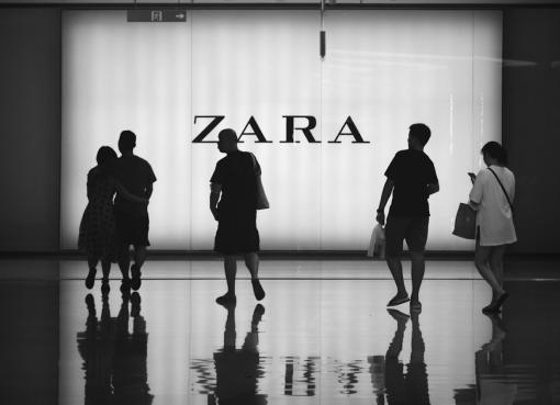 ファストファッションの王者ZARAなどが中国で低迷 デジタル化の波に乗り遅れ