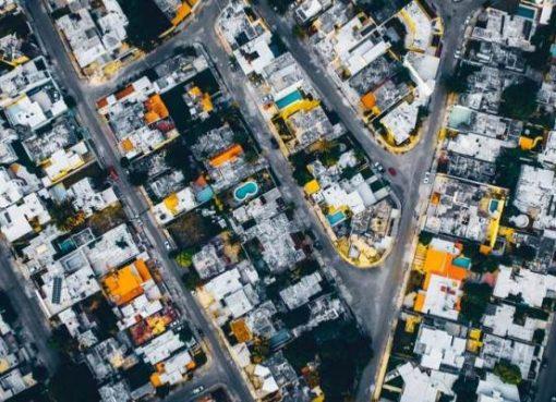 地図アプリでらくらく家探し、不動産ポータルサイトとアリババ系「高徳地図」が提携