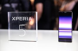 5G非対応、ソニーのXperia 5がひっそりと発売